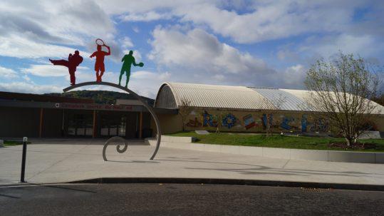 éclairage-public-complexe-sportif-du-neuland-a-rosheim avec In Elec Bornes et Armoires électriques pour professionnels, installateurs et collectivités